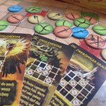 Spielsteine und Karte